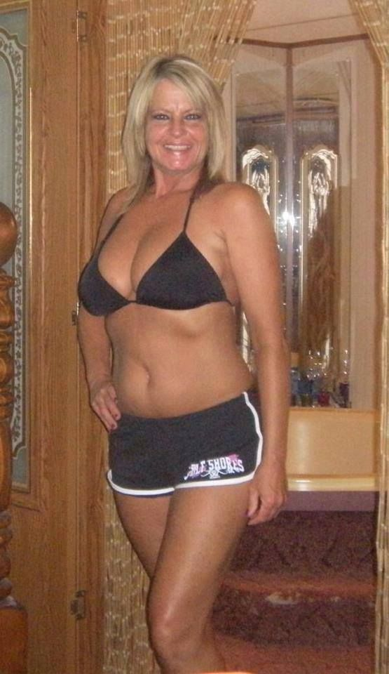 Catholic Blond Divorced Dating Looking For Sex