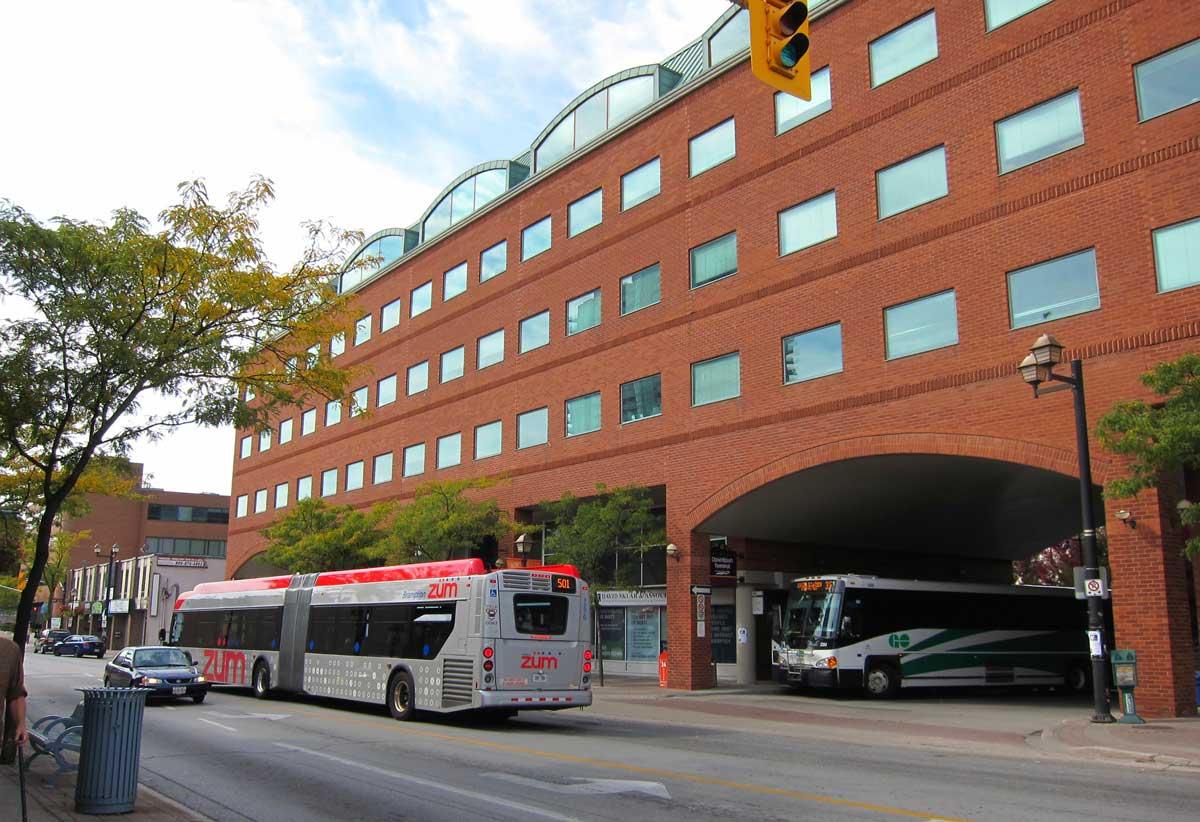 Burloak Toronto In Of Escort Car Brampton City Oakville