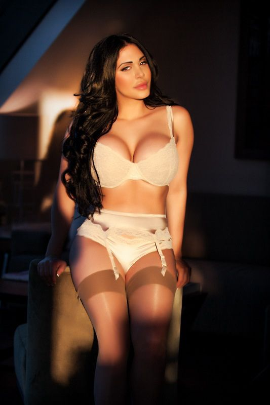 Agency Decent Escort Dubai
