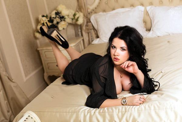 Singles 25 Seeking Promiscuity Man To Woman 35
