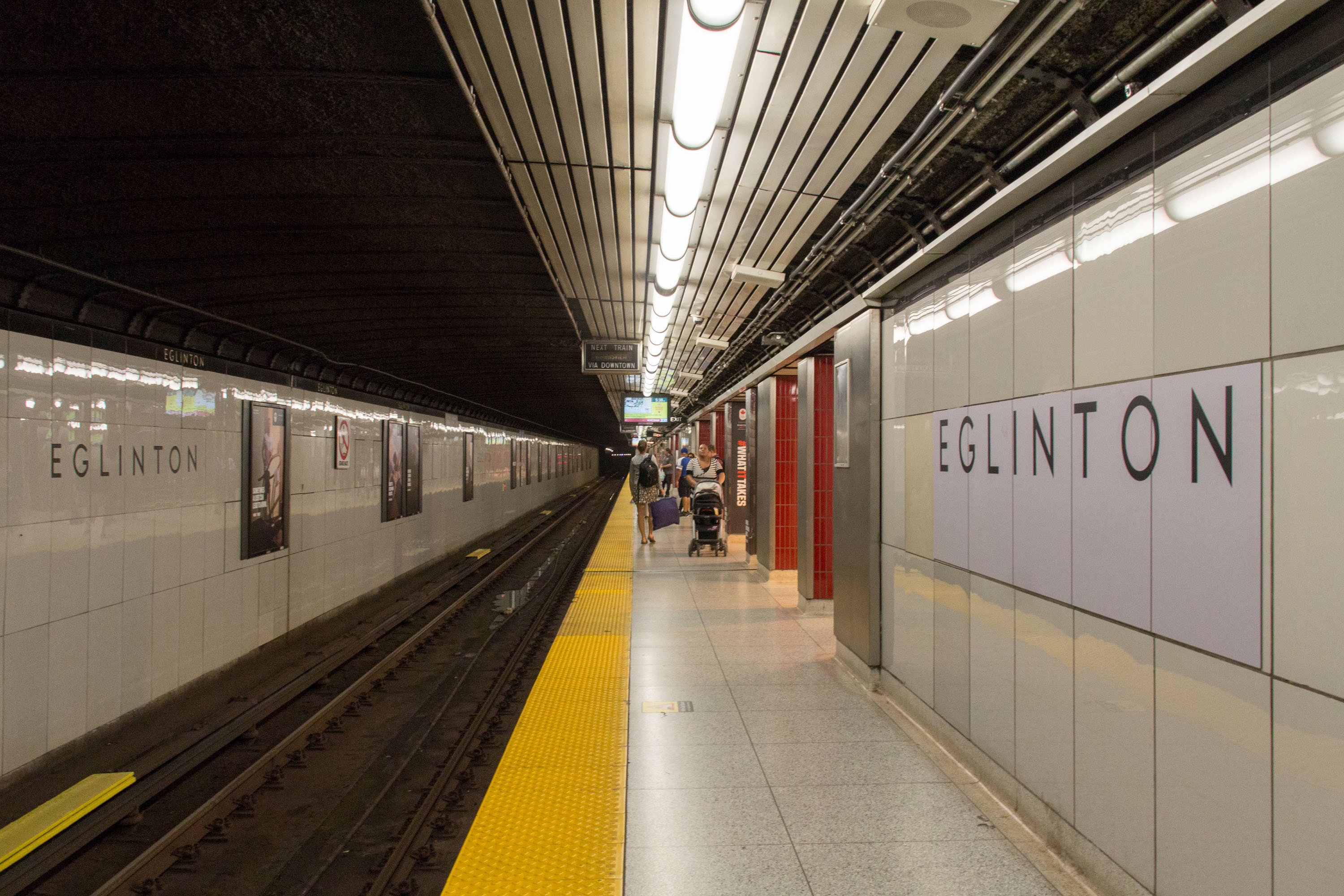 Midtown By Dating Canadian Subway Closed Davisville
