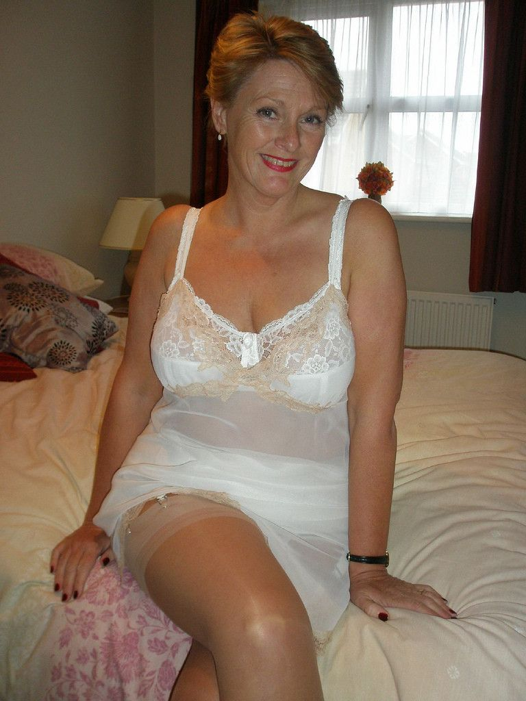 For Sex Divorced 60 Woman Looking Find Spanish To 55