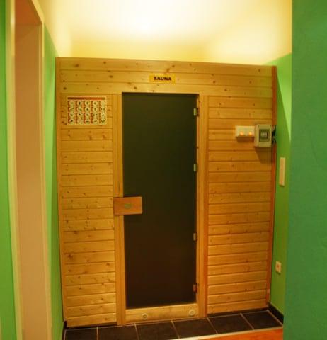 Berlin Massage Parlors Longma 2