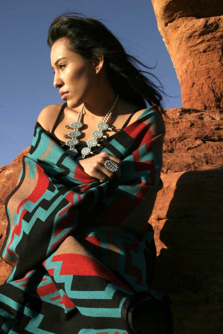 Singles Native Lady