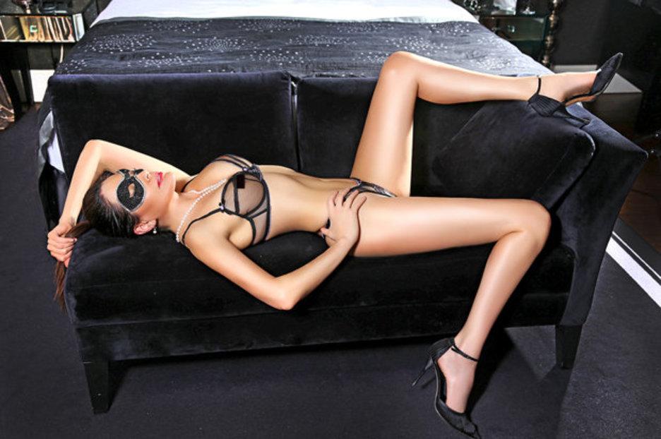 Berlin Men Dating Kinky Looking Affair Widowed For