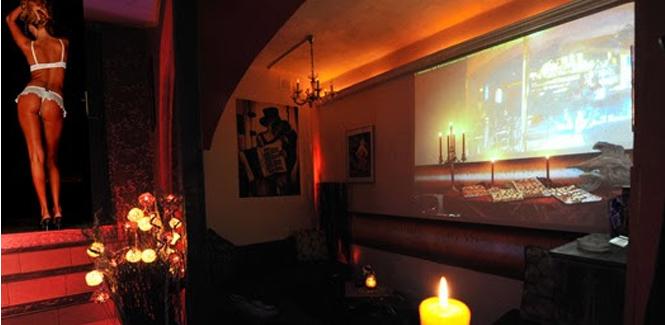 Mild Bar Vienna Club Madame Strip