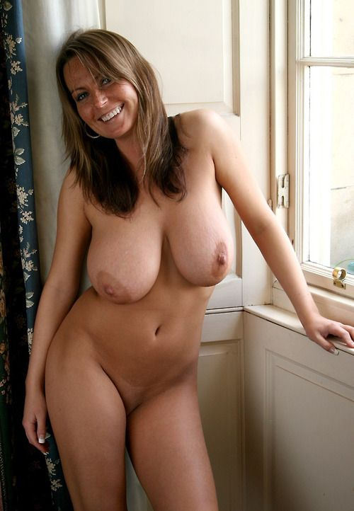 To Divorced For Woman Brunette 60 Looking Spanish Sex 55