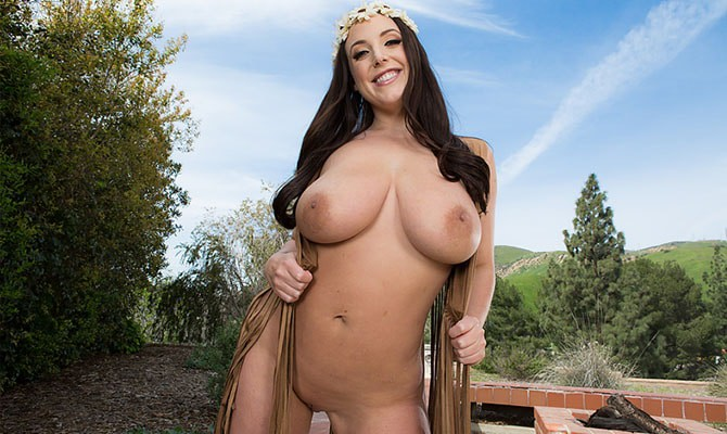 Curvy Super Busty All Natural Gs Baby Italian