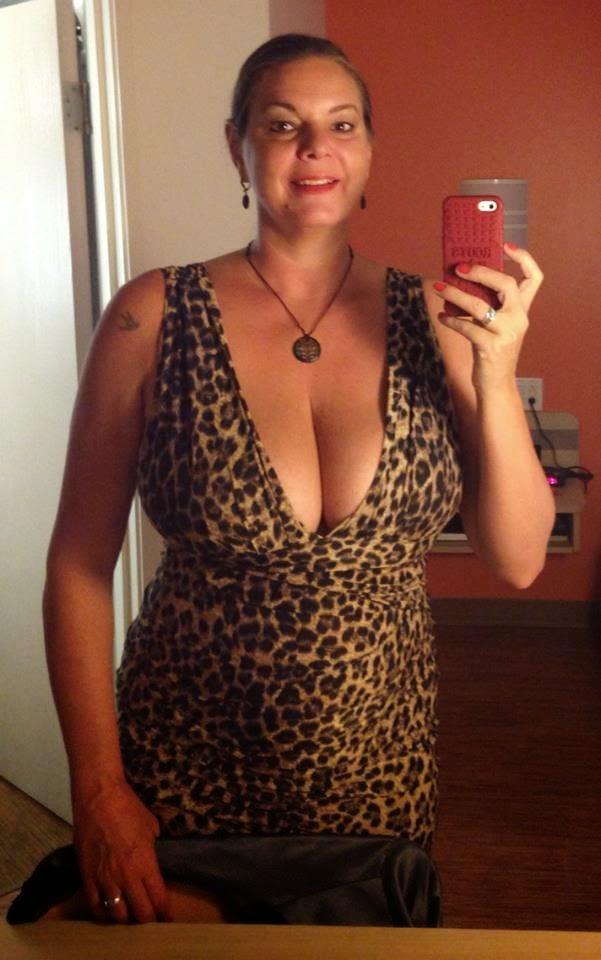 Dating Dixie 401 Mississauga Black
