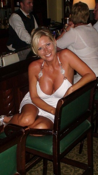 Woman For Looking Divorced Blond Sex Fling