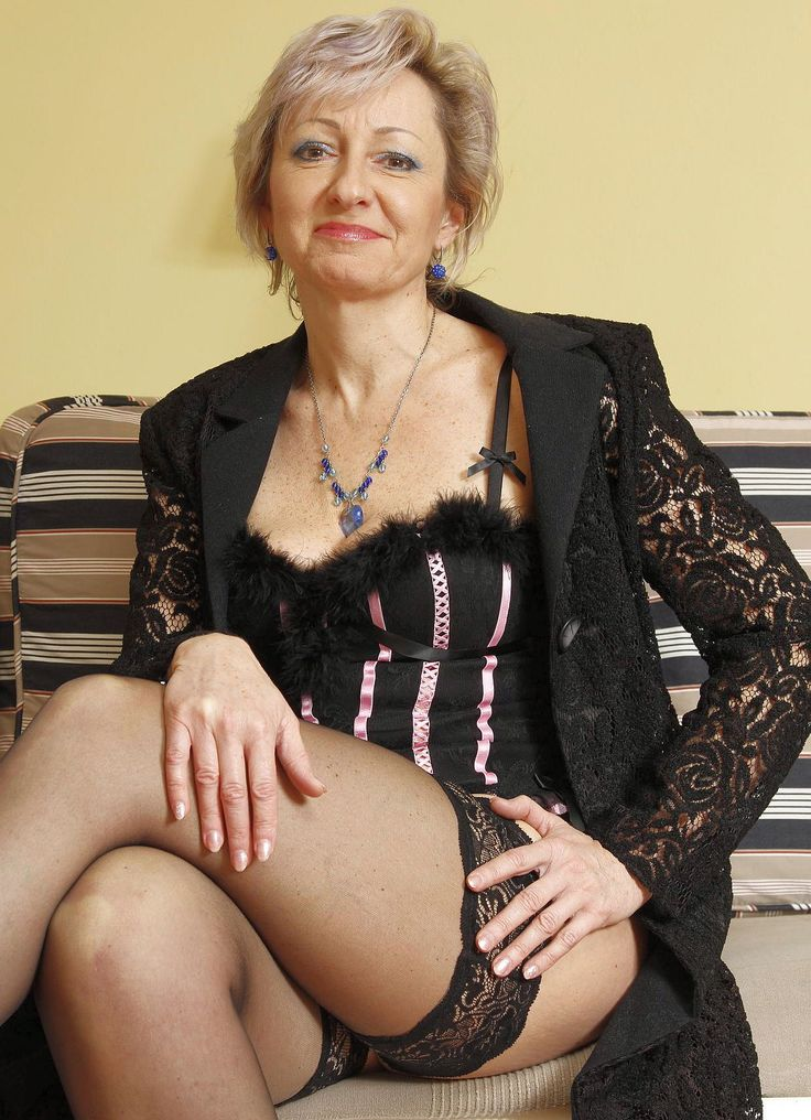 Slim Blond Dating Looking For Men