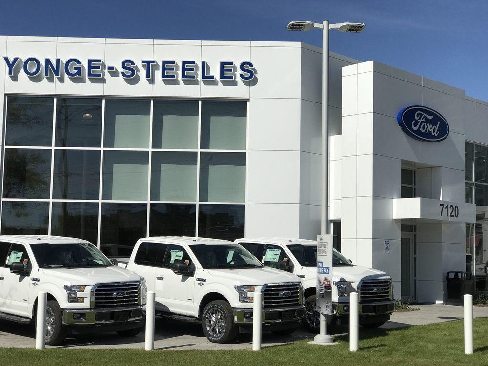 Steeles Canadian Thornhill Yonge Escort