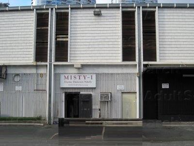 Club In Honolulu Strip