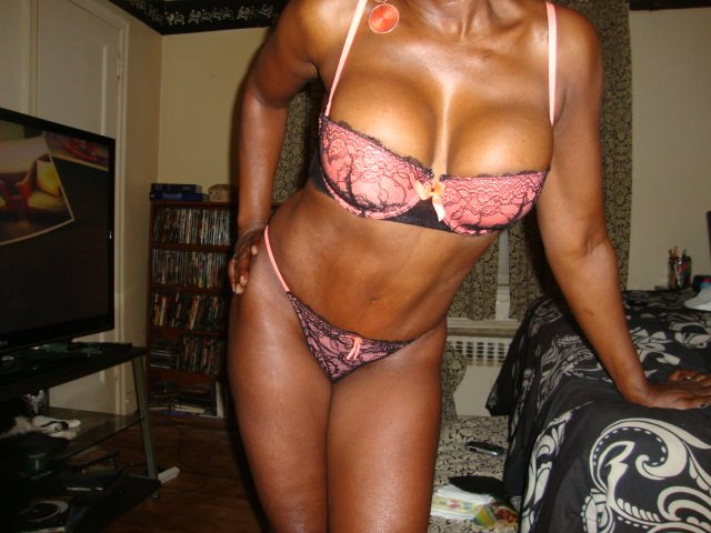 Escort Chestnut St Toronto Mature