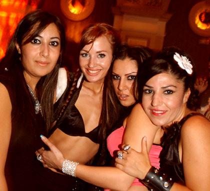 Summ Night Girls Morocco In Marrakech Club In