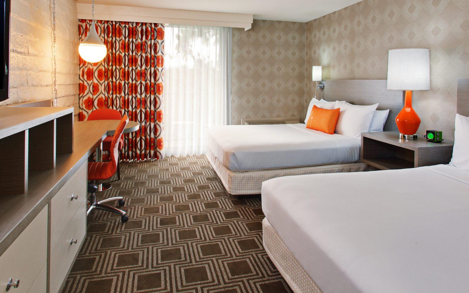 Garland Love Hotels In