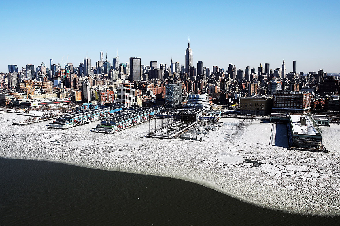 Snowing In How Its Icy Nyc