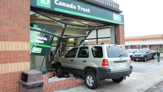 Hornymi Toronto Winston Ave Blvd Aquitaine Canadian Churchill Escort