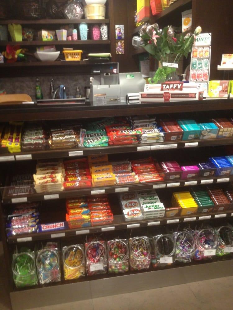 Escort Downtown Dundas Street East Candy