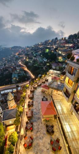 Round Escort Shimla Night Club Maali