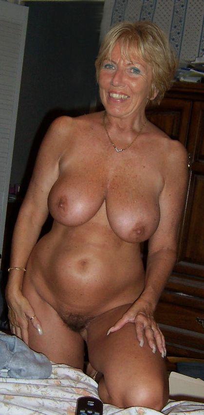 60 To 65 Blonde Woman Seeking Man