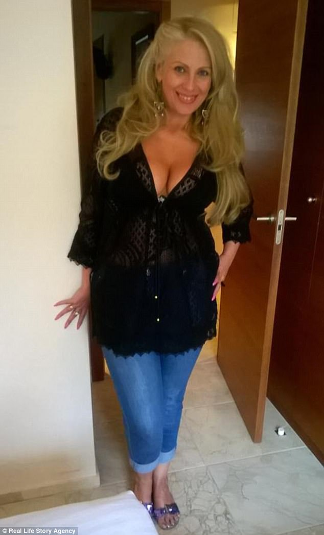 Blond Looking Catholic For Sex Divorced Dating