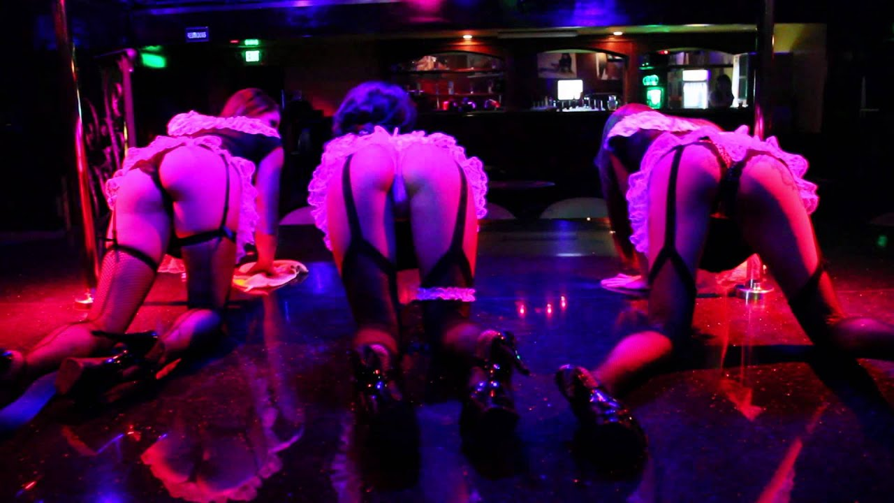 Tokyo Kamasutra Club Showgirls Strip