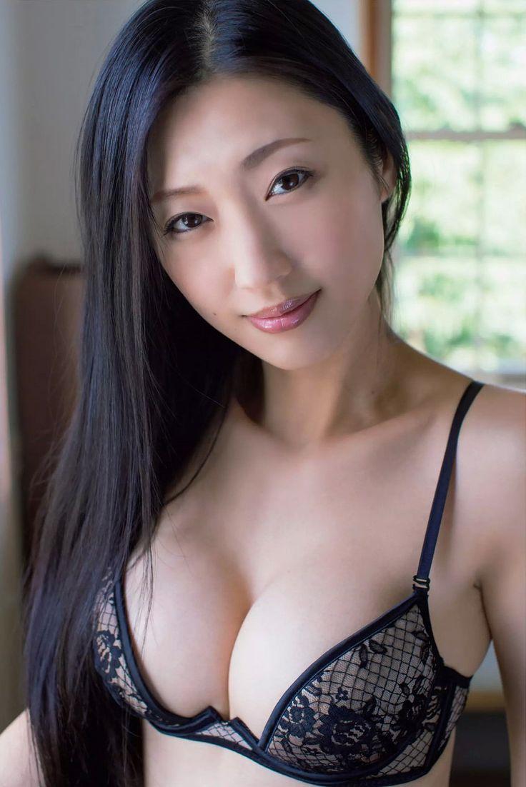 Gardiner K-girl Exotic Korean Katey