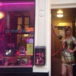 Melchor Gay Queens Head Amsterdam