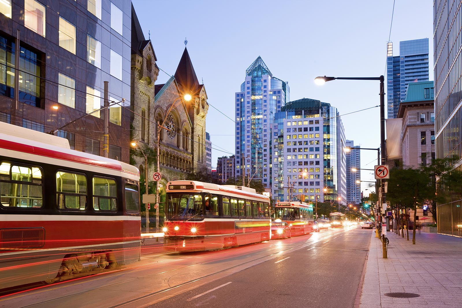 Escort Toronto Mississauga Airport Hotel Trans