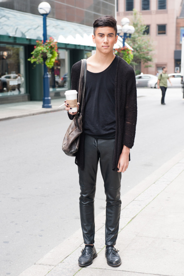 For In Men Dating Ons Toronto Looking