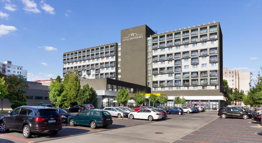 Chicaco Hotels Bratislava Love Slovakia In