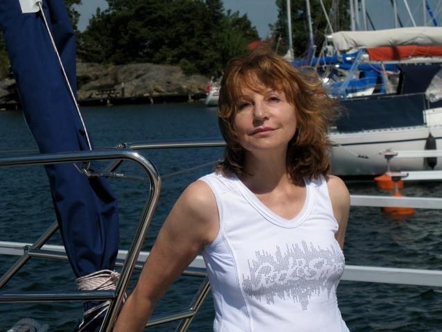 Xanadu Seeking Spanish Calgary Woman Photos Man In