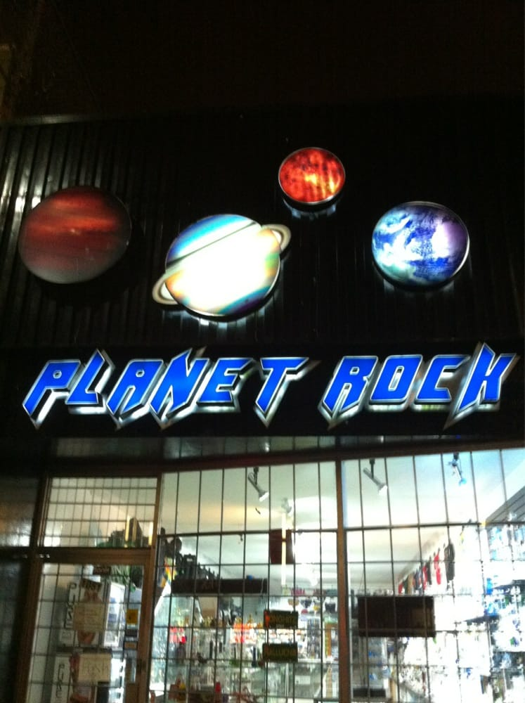 Dating Planet Rock