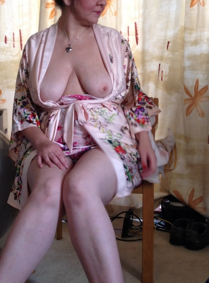 Perverted 50 To 55 One-night Stand Woman Seeking Man