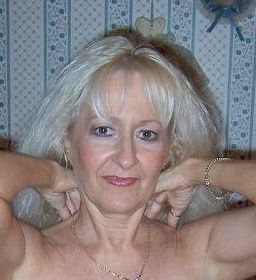 Coimbra Lady Seeking Guy