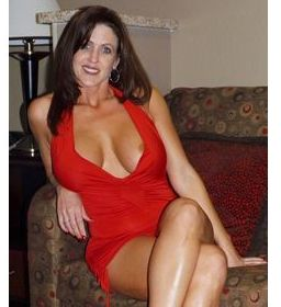 Escort Dundas East And Garden Whitby Housewife